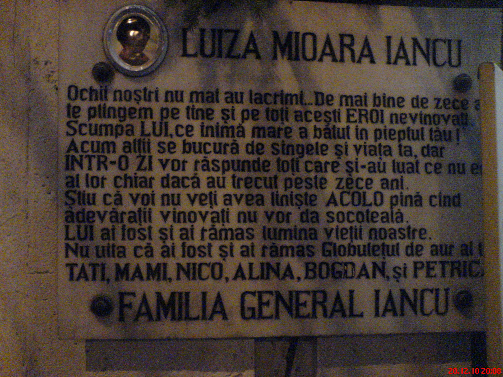 Placa comemorativa a Luzei Mioara Iancu